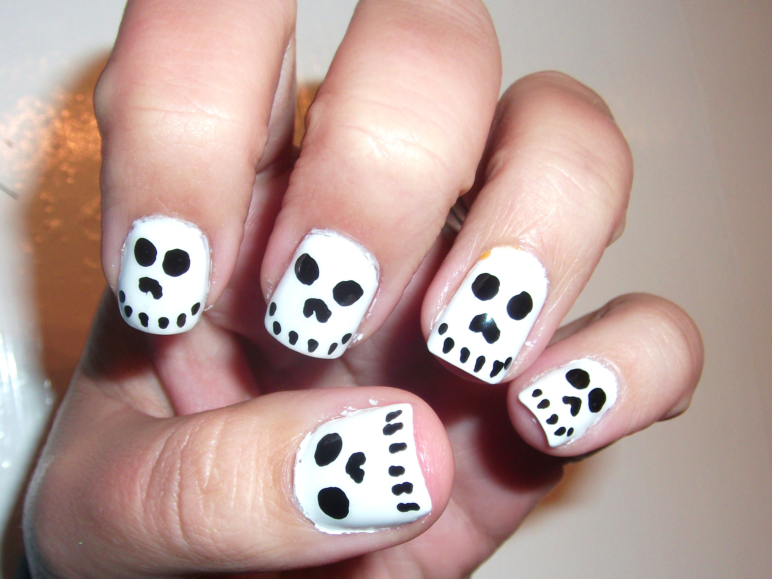 Halloween Skull Nails- So easy and cute!!! | Polish Me ...
