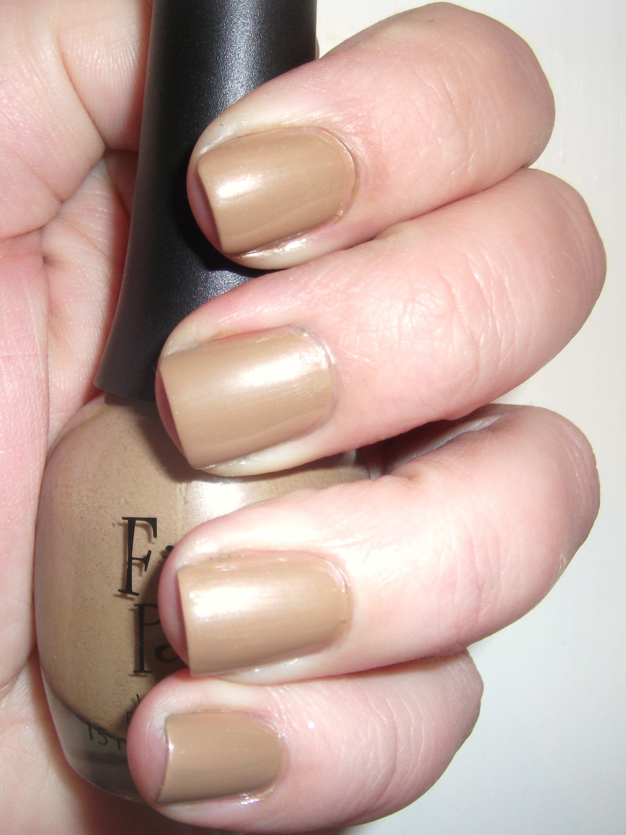 Battle of the Nudes: FP Putty in my Hands vs. OPI Samoan Sand ...