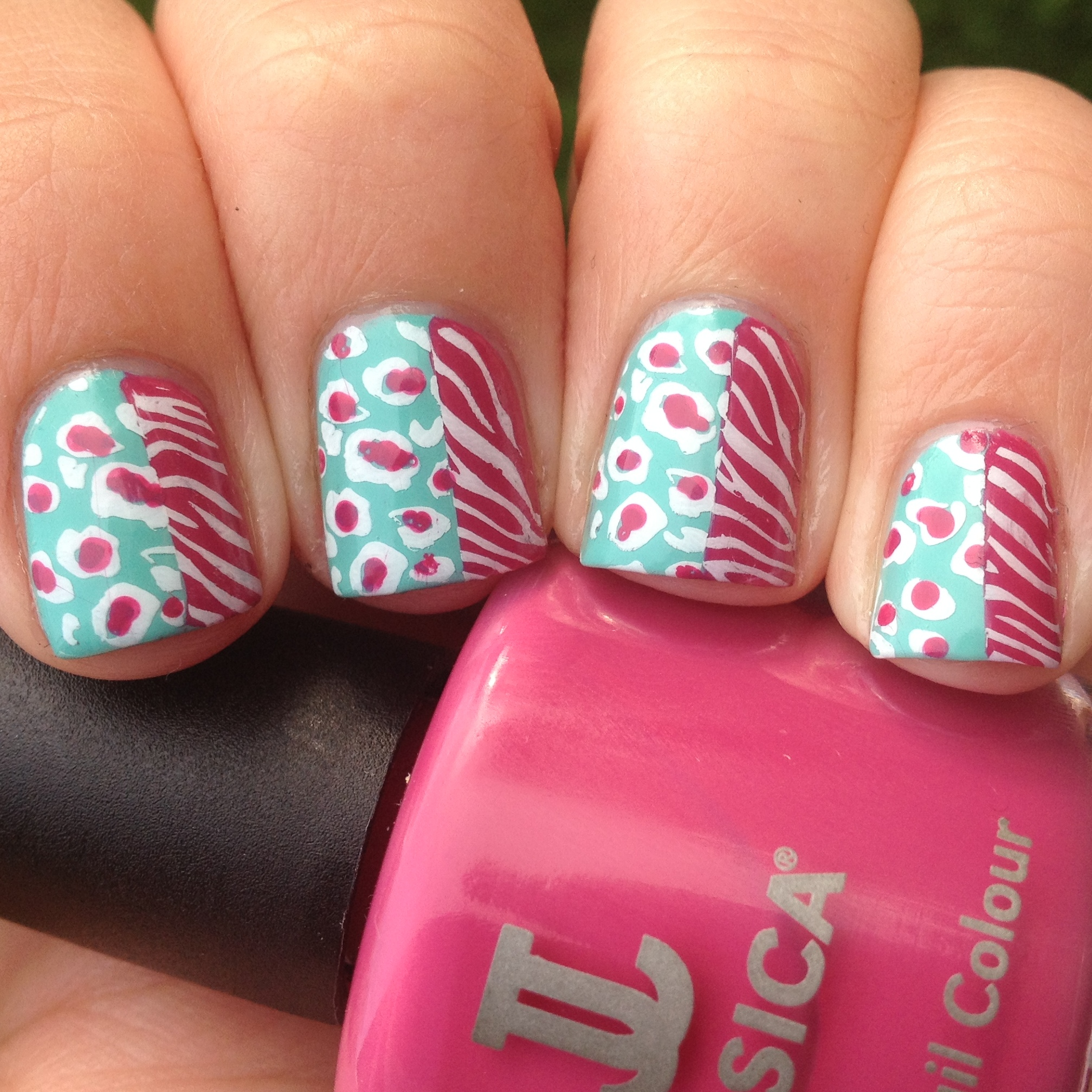 Animal Nail Art: 31 Inspired Days Of Nail Art- Animal Print