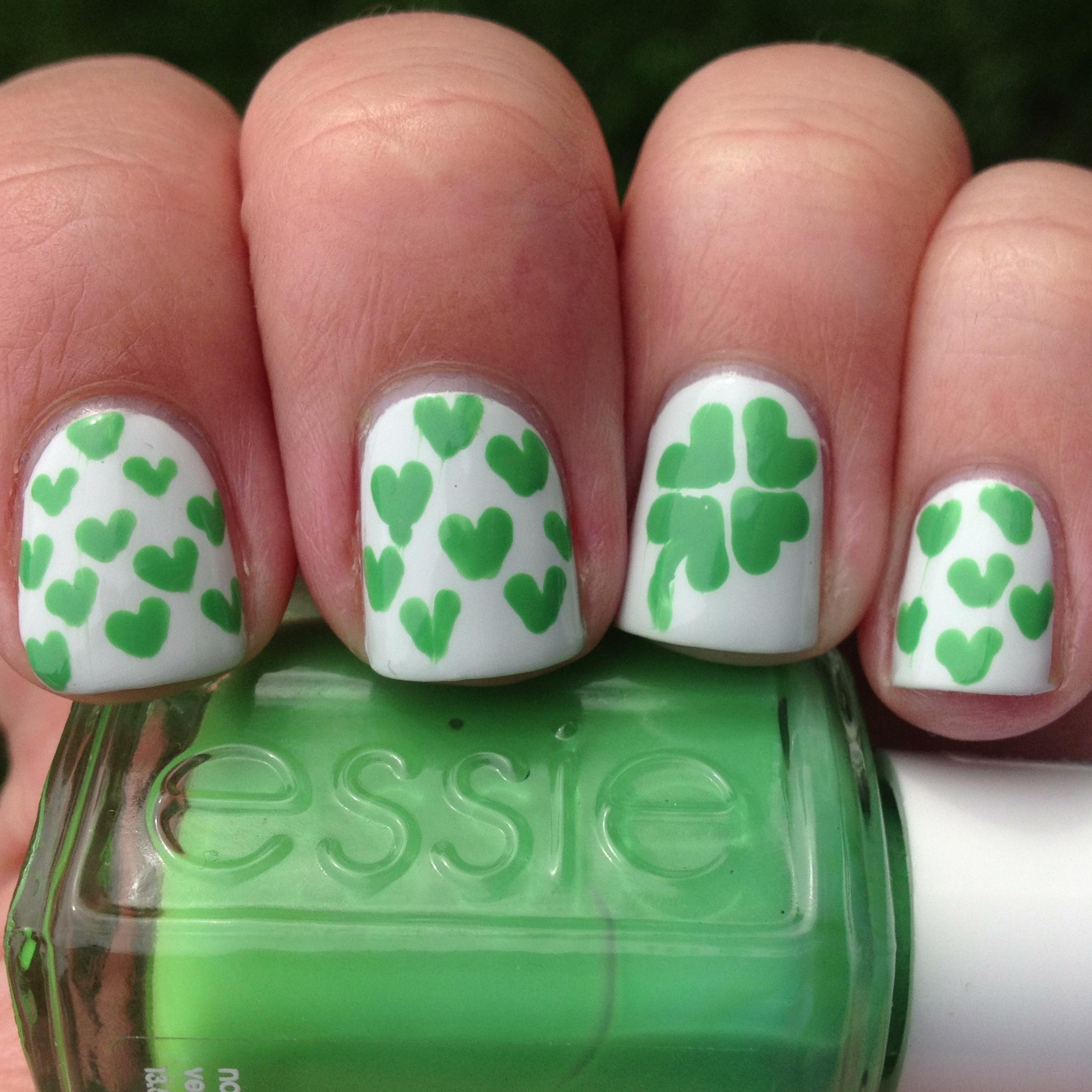 Lucky Hearts St. Patrick\'s Day Nails | Polish Me, Please!