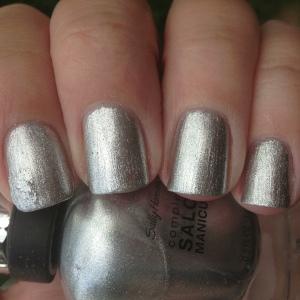 SH complete salon manicure Hi Ho Silver (2)