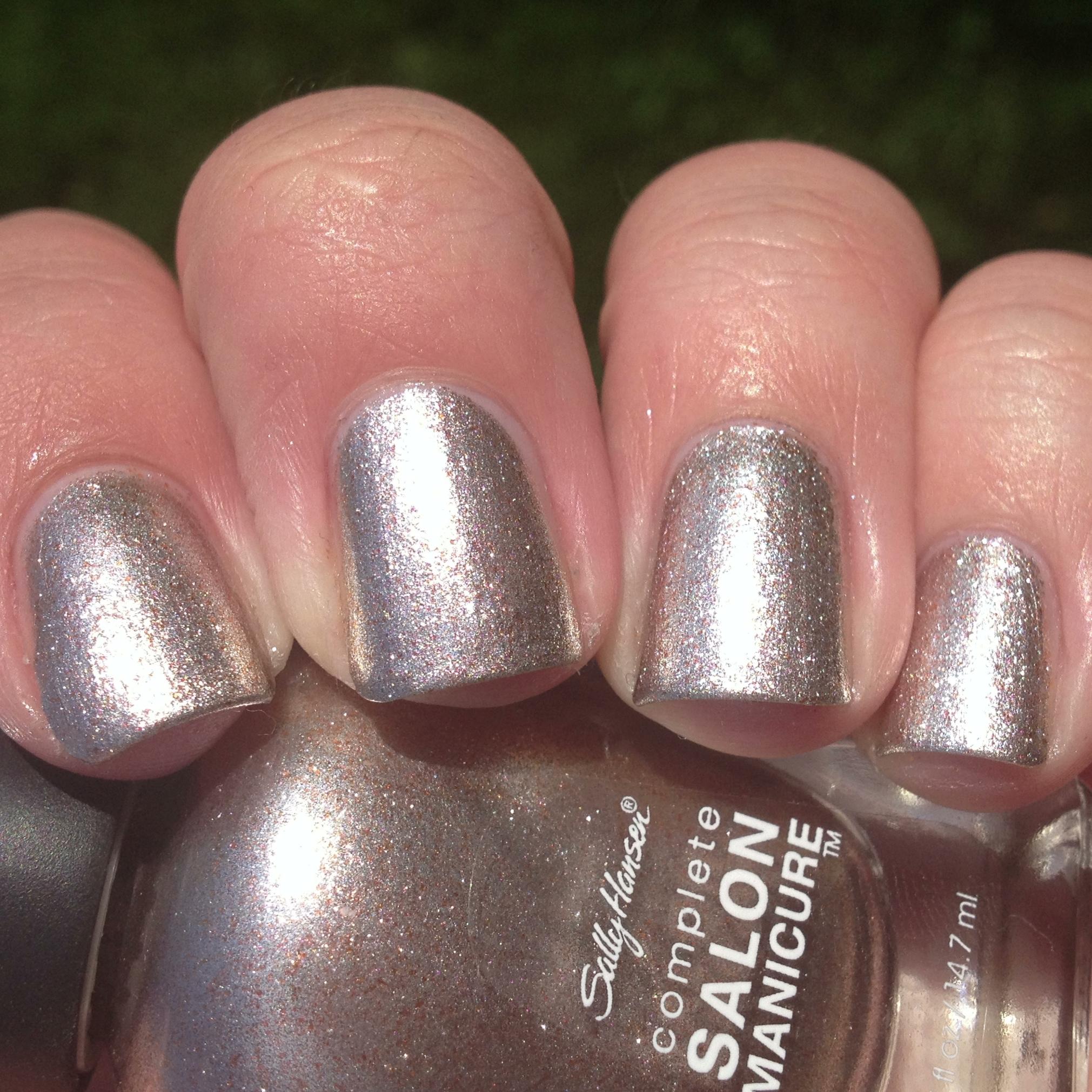 sally hansen complete salon manicure hi ho silver & gilty party